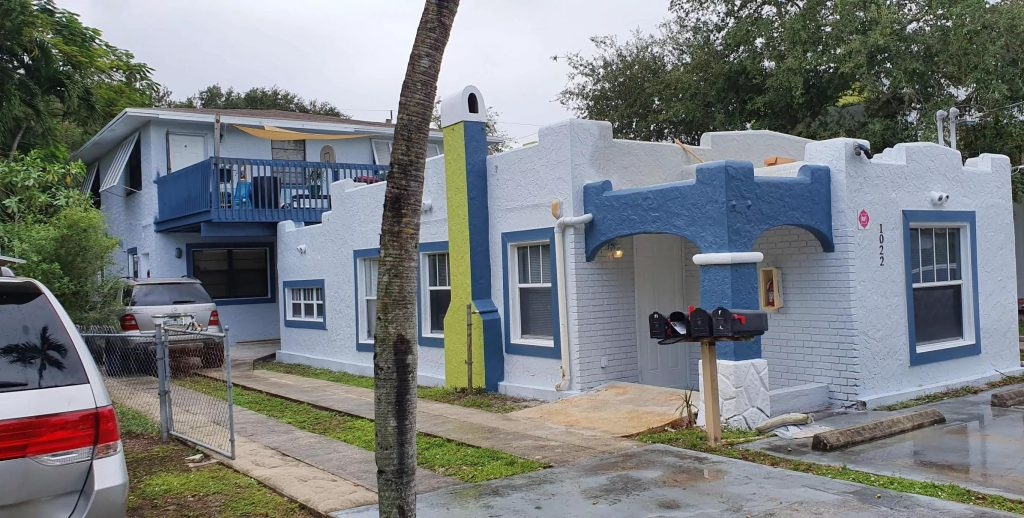 picture of sailboat bend apartments